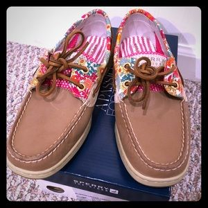 Sperry Bluefish Boat Shoes (Linen/Pnk Liberty) 5.5